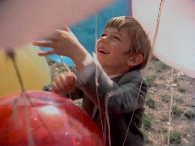 o balão vermelho