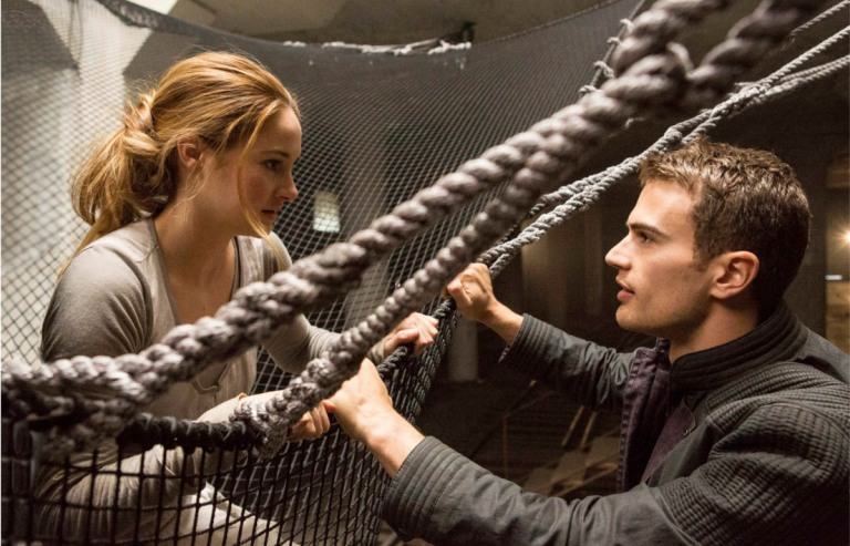 (L-R) SHAILENE WOODLEY and THEO JAMES star in DIVERGENT FILM STILL